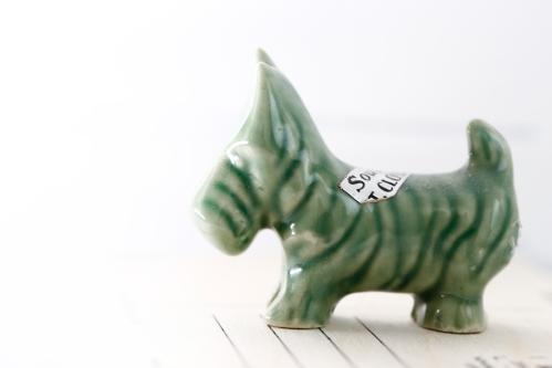 green_souvenir_scottie